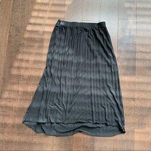 Monk & Lou | pleated black skirt